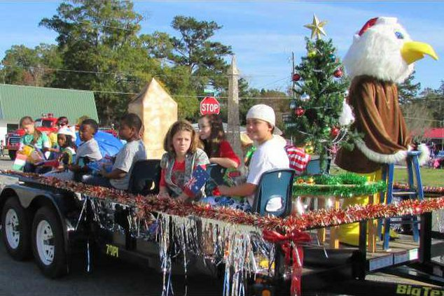 1 Smiley Elementary took the top spot in the business  category for Christmas Parade