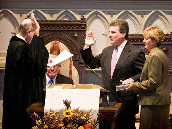 Buddy Carter sworn