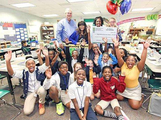 Coastal grant to Waldo Pafford teacher