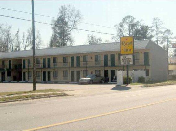 MR drug charges at motel