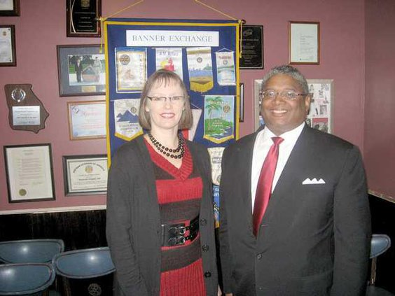vickie and linnie at rotary