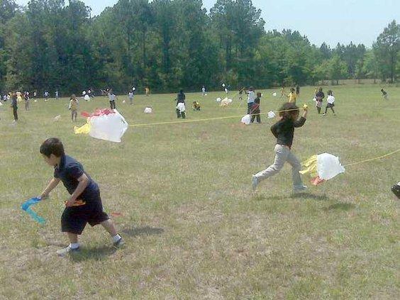 0428 EDU bag kites