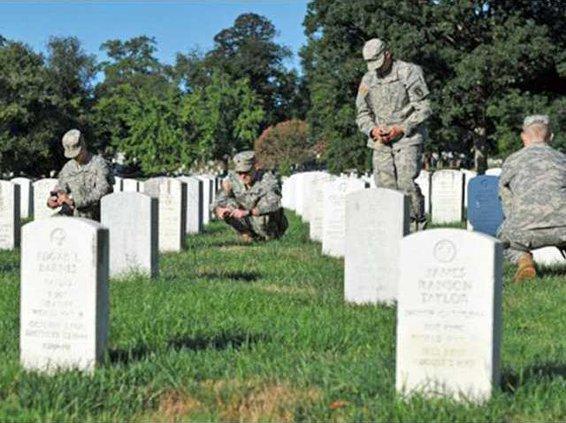 0904 Arlington headstones