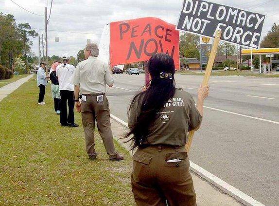 peace ProtestLine