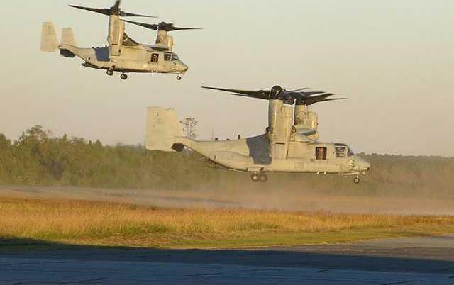 two MV-22B Ospreys prepare to land-1