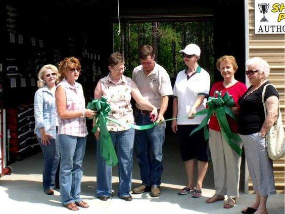 web 0617 Line Barn open