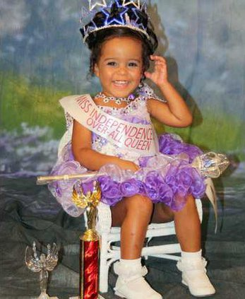 0711-Independence-pageant-2