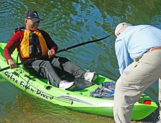 kayak-pushoff William Vargas  CorkyFleming