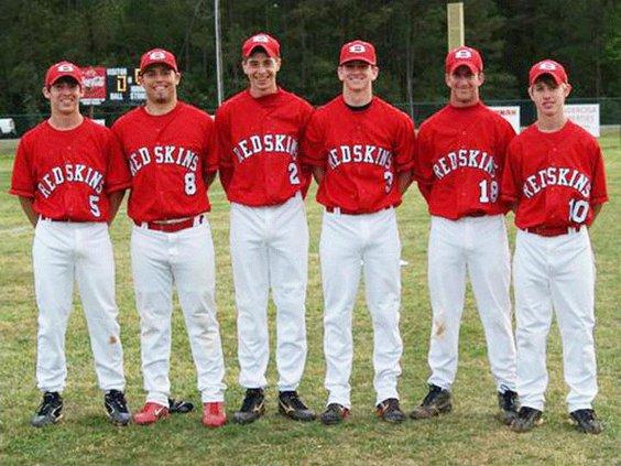 Redskin-baseball-seniors